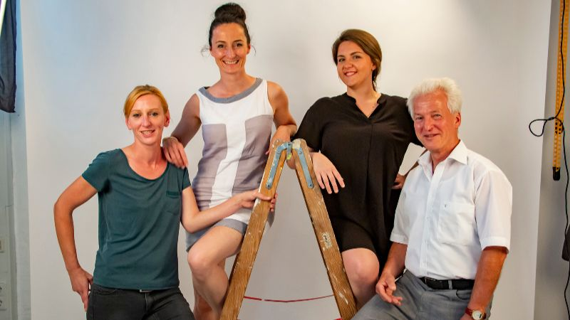 Stay Team: Claudia, Annika, Mary, Helmut