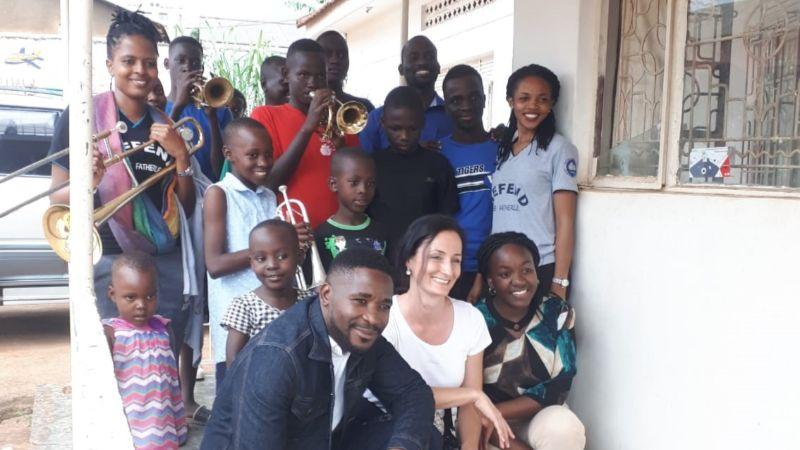 Gruppenbild Organisation SASCU - Uganda